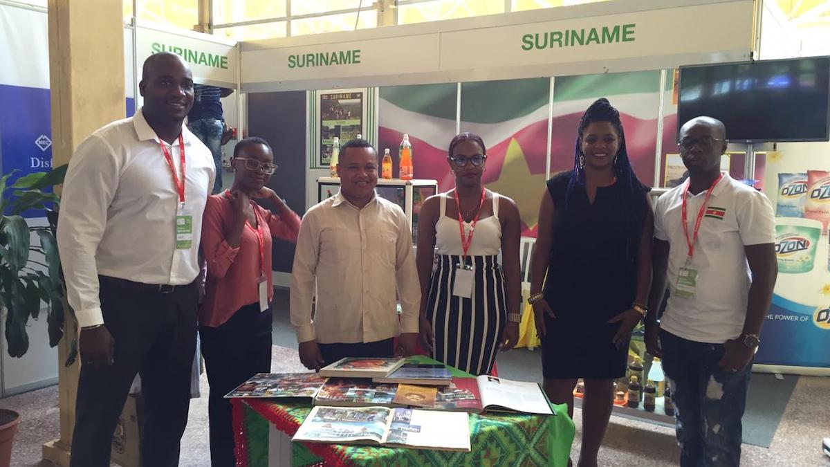 Producten 18 Surinaamse bedrijven op Cuba Expo 1