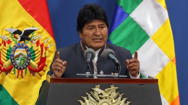 Morales spreekt over 'staatsgreep' na muiterij politie; Boliviaanse democratie in gevaar 1